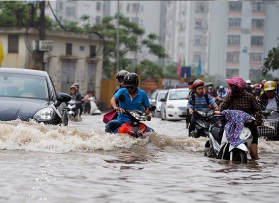 Cách bảo quản và sử dụng xe máy Honda vào mùa mưa